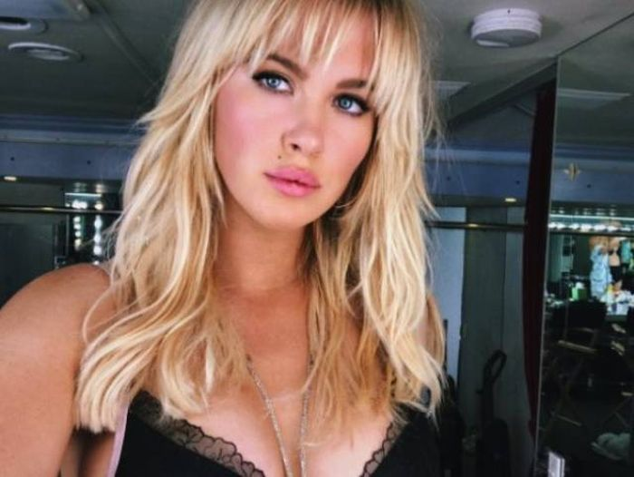 Hot Celebrity Daughters (48 pics)