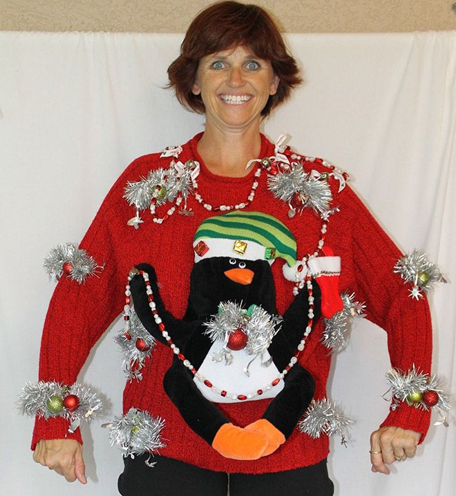 How to Sell A Tacky Christmas Sweaters (15 pics)