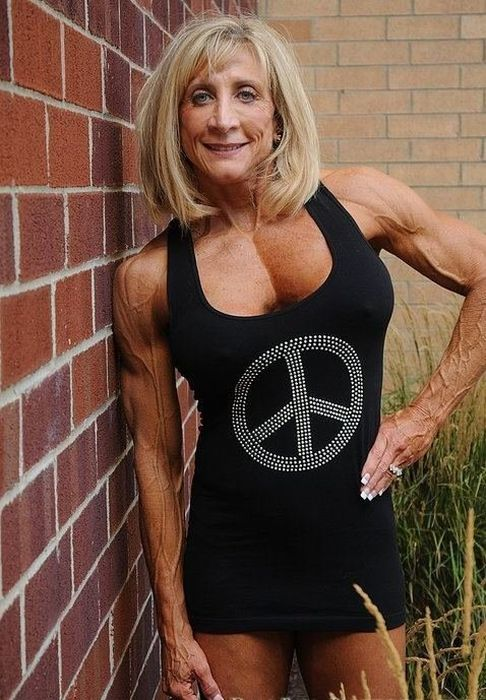 Strong Older People (22 pics)
