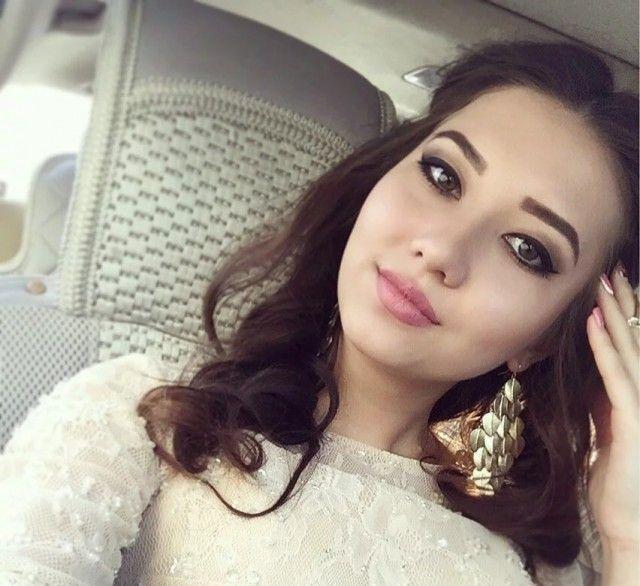 [Imagen: turkmen_beauties_12.jpg]