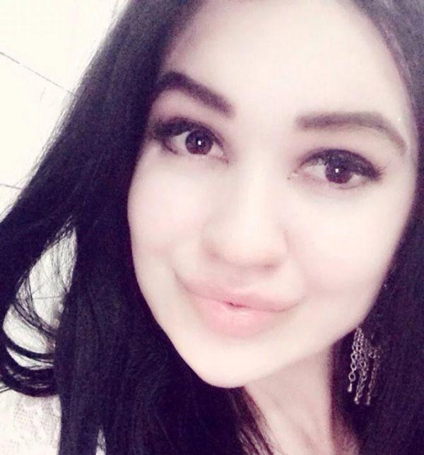 [Imagen: turkmen_beauties_25.jpg]