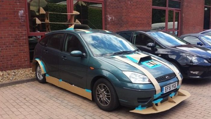 Ridiculous Car Mods (29 pics)