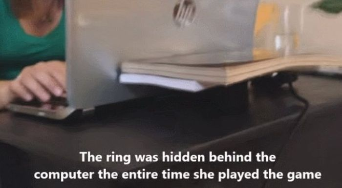 Man Proposes To Girlfriend By Making Her A Video Game (13 pics)
