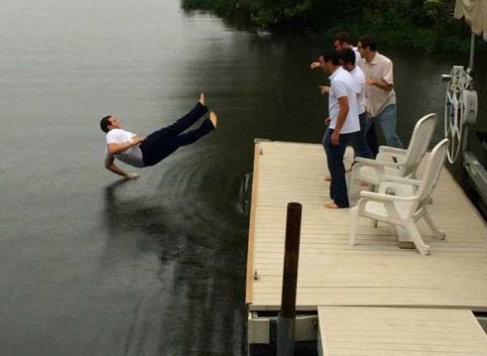 You Will Need To Look At These Images Twice (24 pics)