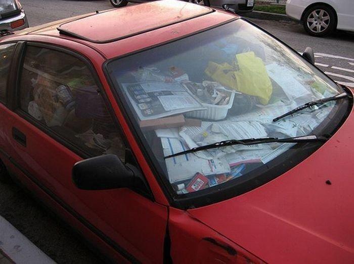 Cars Full Of Trash (14 pics)