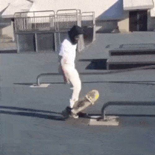 Awesome Recoveries (15 gifs)