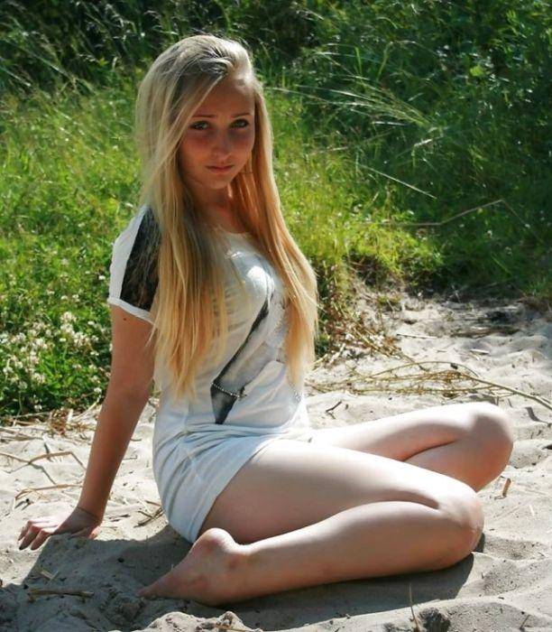 Beautiful Girls (34 pics)