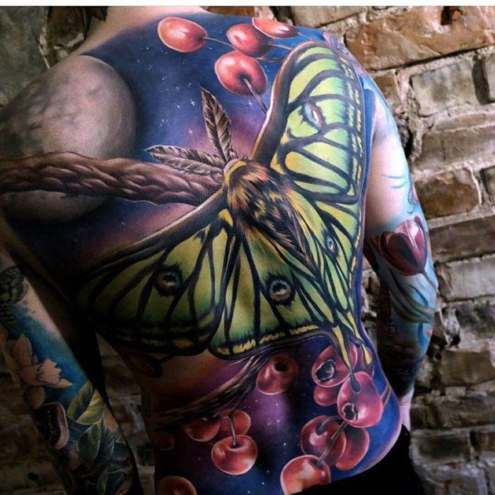 Awesome Tattoos (20 pics)