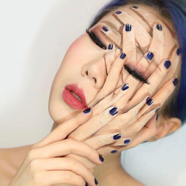 Amazing Makeup Art (23 pics)