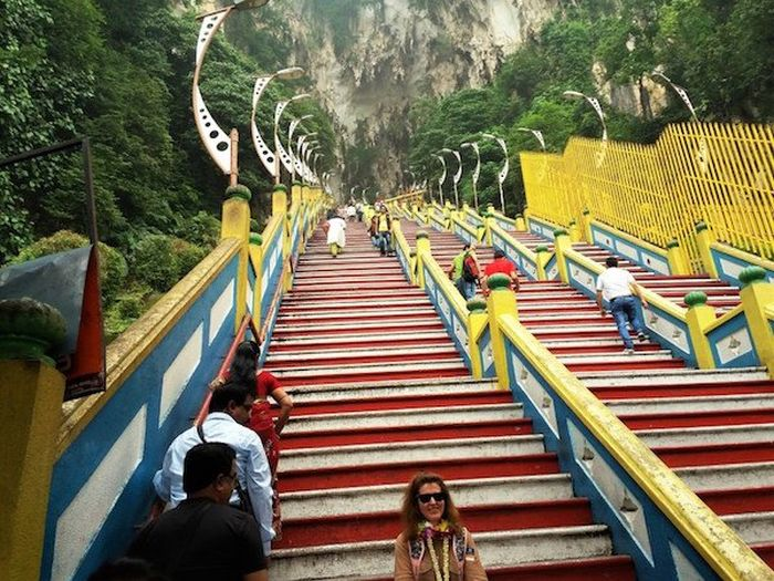 The Coolest Stairs Of The World (19 pics)