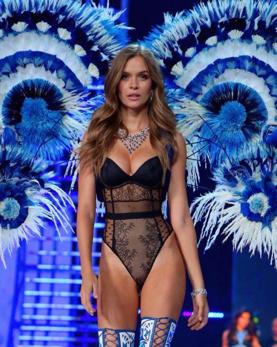 Victoria's Secret Angels 2017 (35 pics)