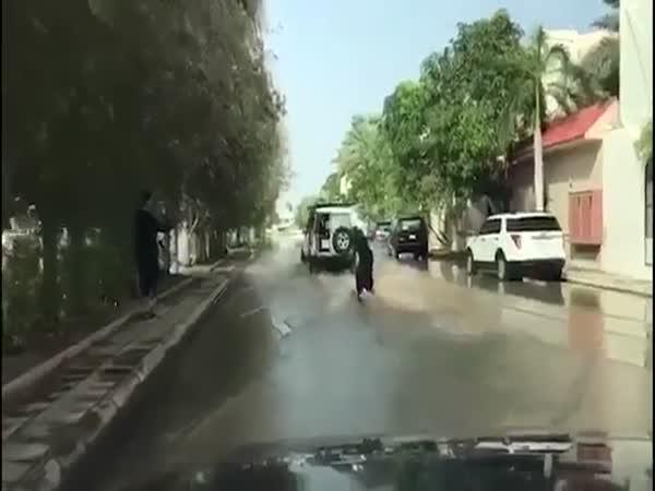 Burkha-Clad Wakeboarder Skims Through Saudi Arabia Streets