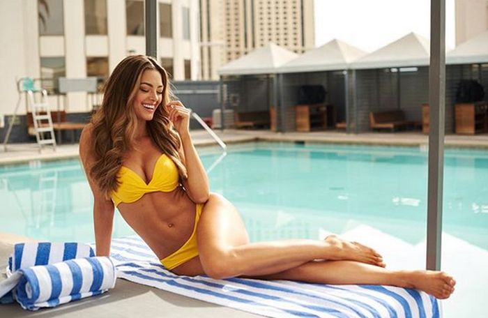 Miss Universe 2017 Demi-Leigh Nel-Peters From South Africa (18 pics)