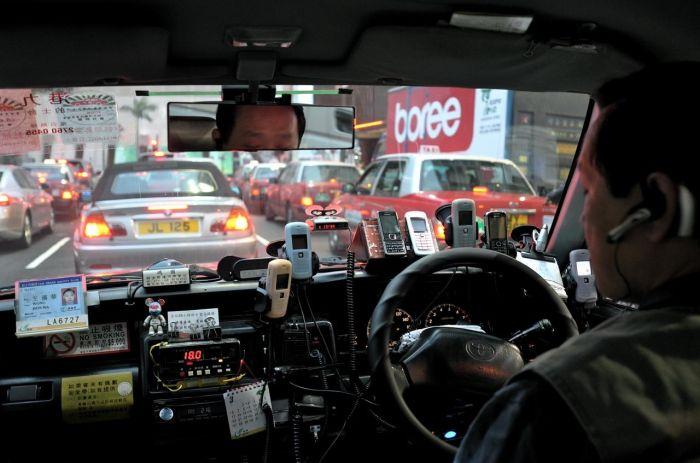 Taxi Drivers in Hong Kong (9 pics)
