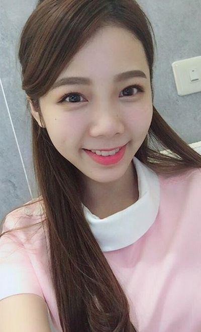 Hot Nurse Ning Chen From Taiwan (20 pics)