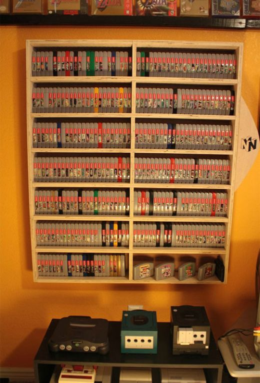 Collection Of Vintage Games (4 pics)