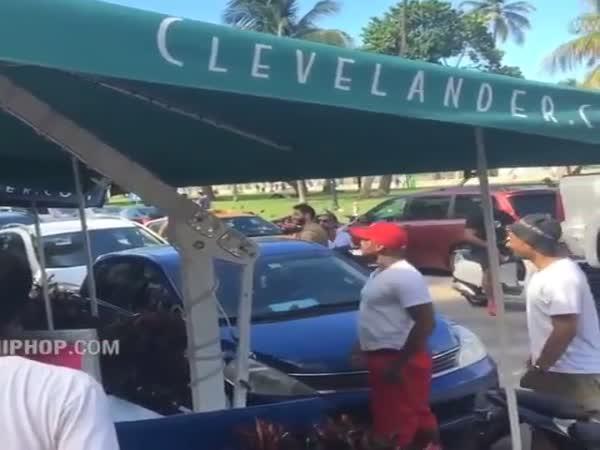 Dude Talks Trash To A Bodybuilder