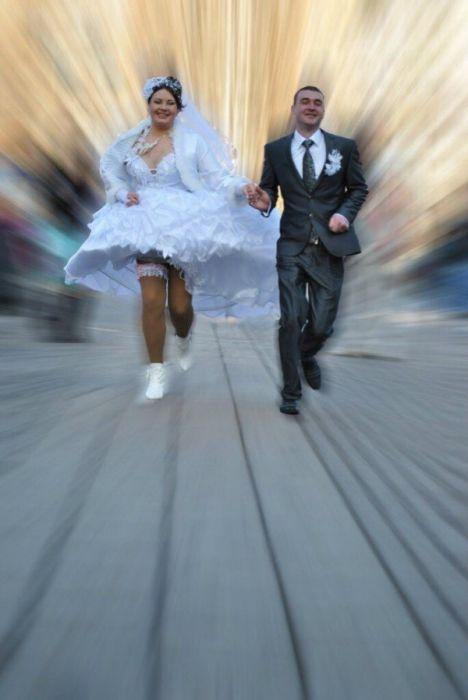 Funny Wedding Photos (34 pics)