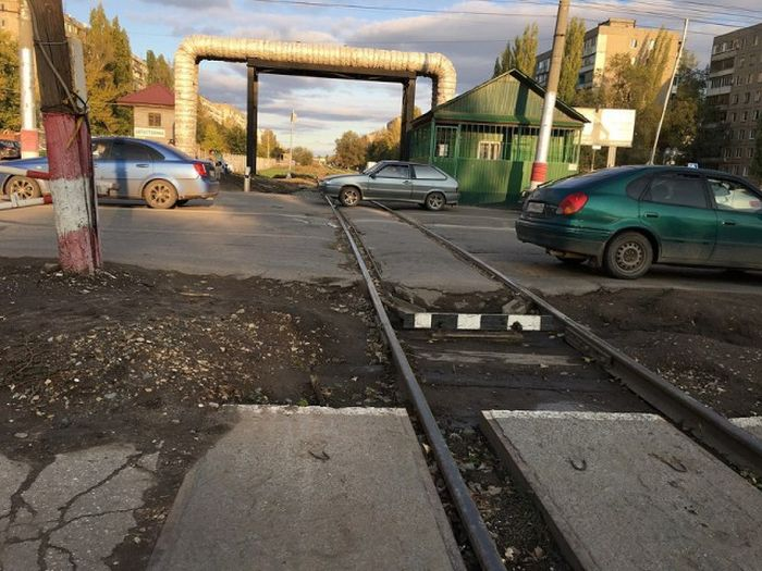 Roads In The Cit Of Saratov, Russia (14 pics)