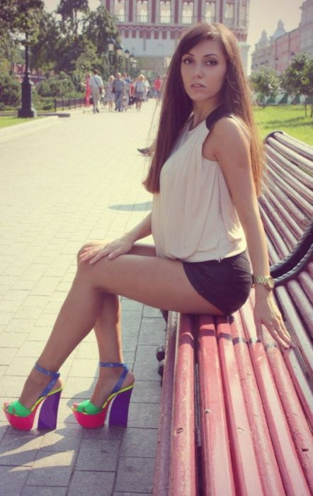 Pretty Russian Girls (49 pics)