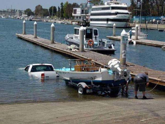 Car Fails (27 pics)