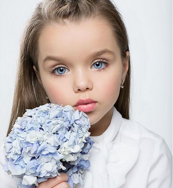 Russian Six-Year-Old Girl Anastasia Knyazeva Is Called The Most Beautiful Child In The World (11 pics)