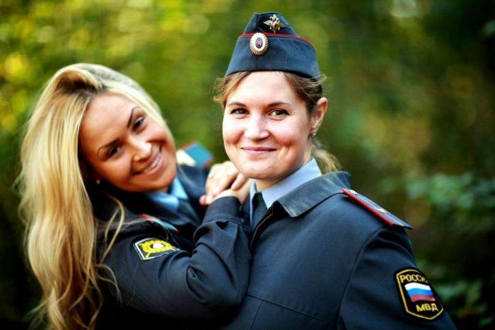 Russian Police Girls (33 pics)