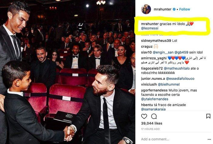 Ronaldo's Son Meets His Idol, Messi (3 pics)