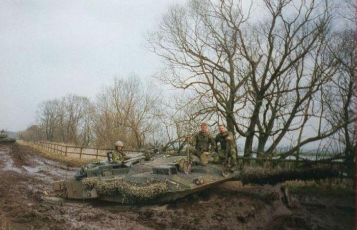 Tank Fails (26 pics)