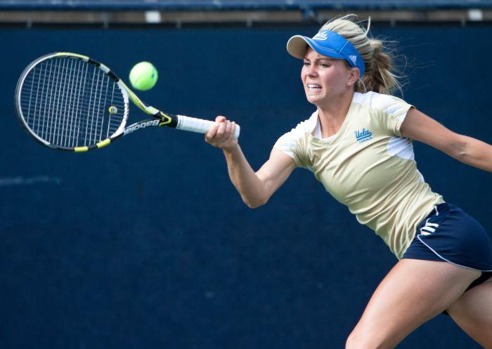 women tennis 01 - שחקניות טניס שנתפסו בעדשה בזמן משחק (19 תמונות)