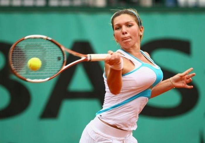 women tennis 05 - שחקניות טניס שנתפסו בעדשה בזמן משחק (19 תמונות)
