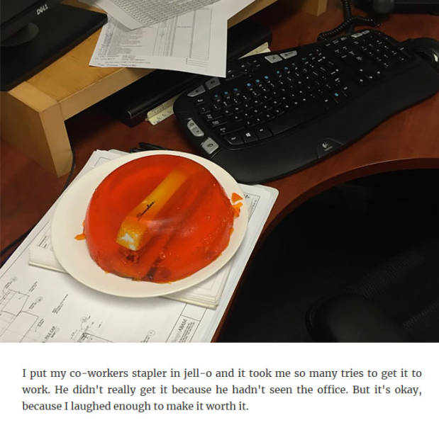 How People Entertain Themselves By Messing With Their Coworkers (40 pics)
