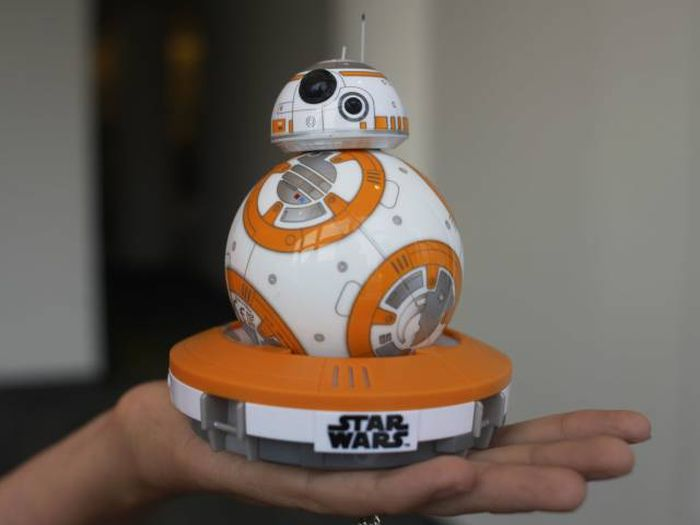 The Most Popular Christmas Toys Since 1983 (33 pics)
