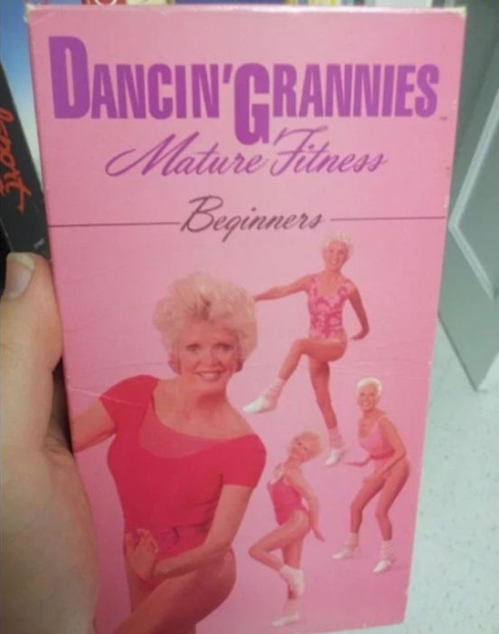 Found At The Thrift Shop (26 pics)
