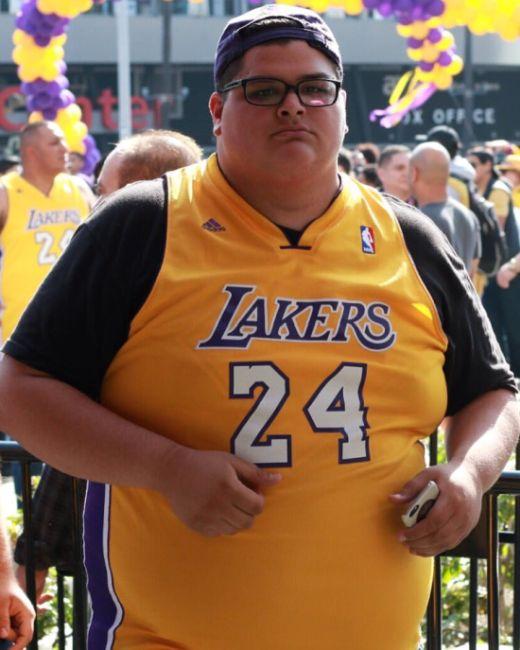 Guy Lost 170 lbs (77kg) (2 pics)