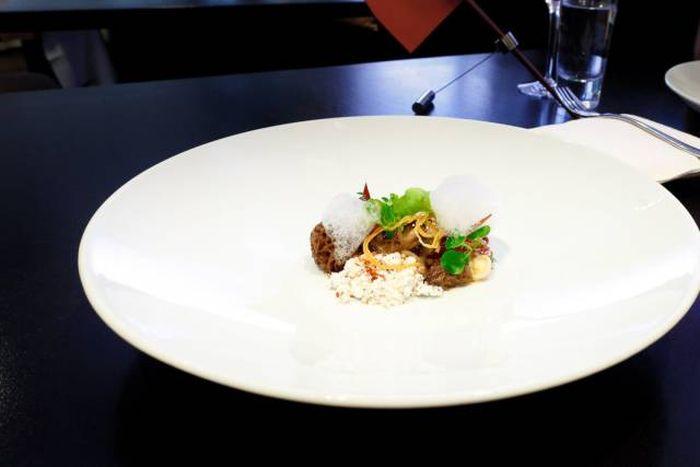 Food of Alinea, A Michelin Three-Star Restaurant In Chicago (24 pics)
