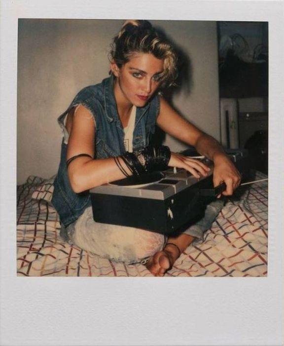 Young Madonna (21 pics)