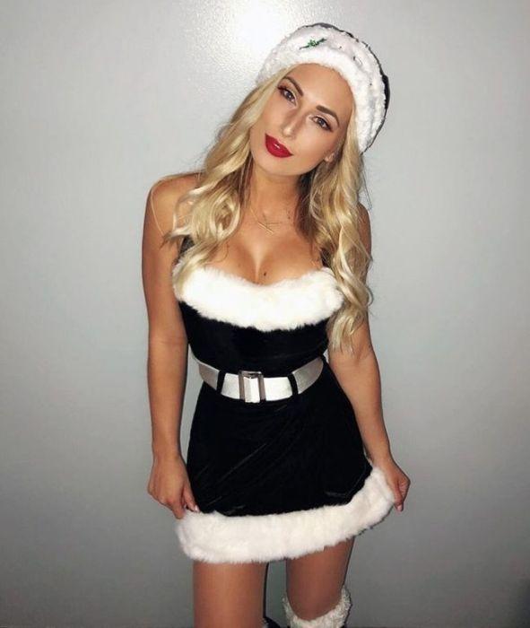 Christmas Girls (26 pics)
