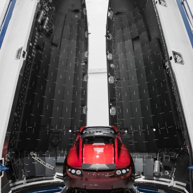 Space X – 2002 vs 2017 (4 pics)