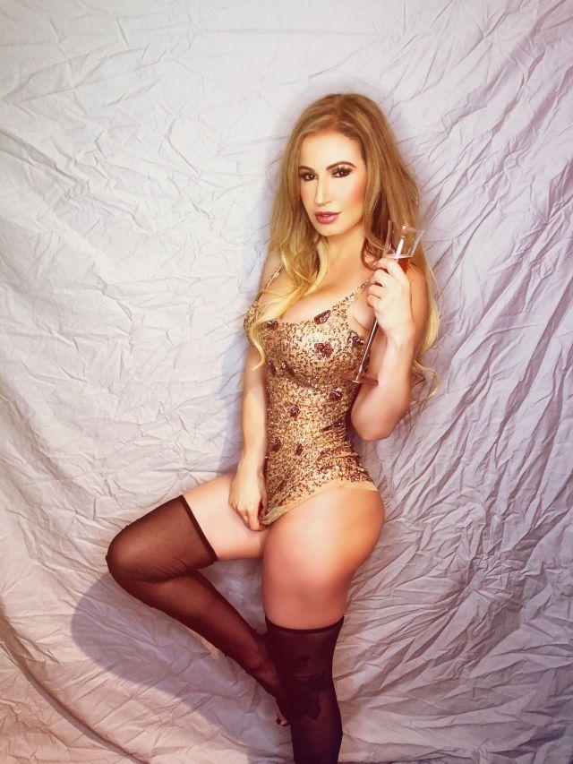 Brazilian Model Ana Braga (9 pics)