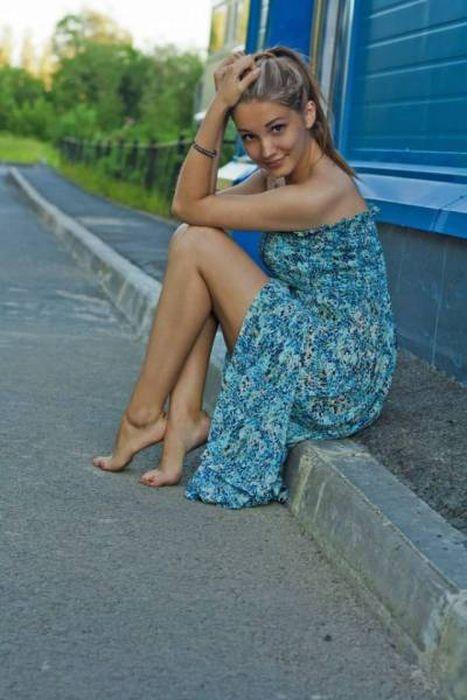 Hot Girls With Beautiful Long Legs (36 pics)
