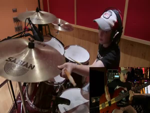 Master Of Puppets - Metallica Cover By 13 Year Old