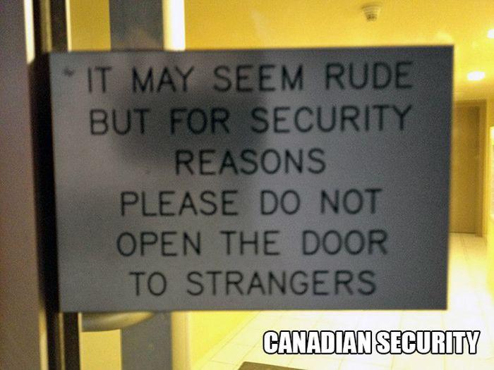 Strange Photos From Canada (18 pics)
