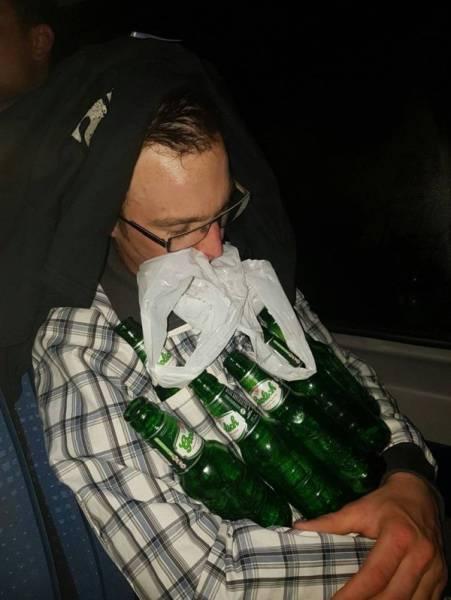 Drunk People (28 pics)