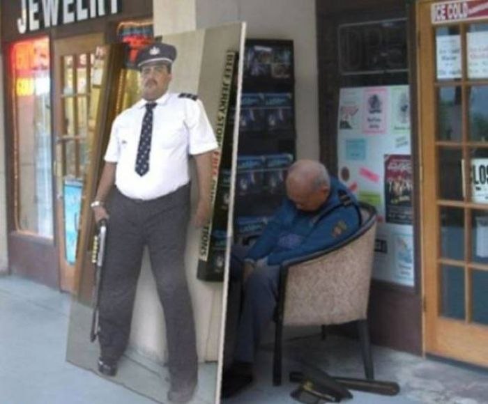 Useless Security Features (20 pics)