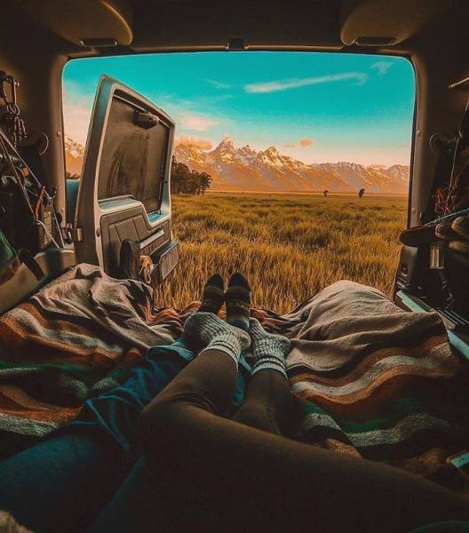 Pics From 'Project Van Life' Instagram That Will Make You Wanna Quit Your Job And Travel The World (49 pics)