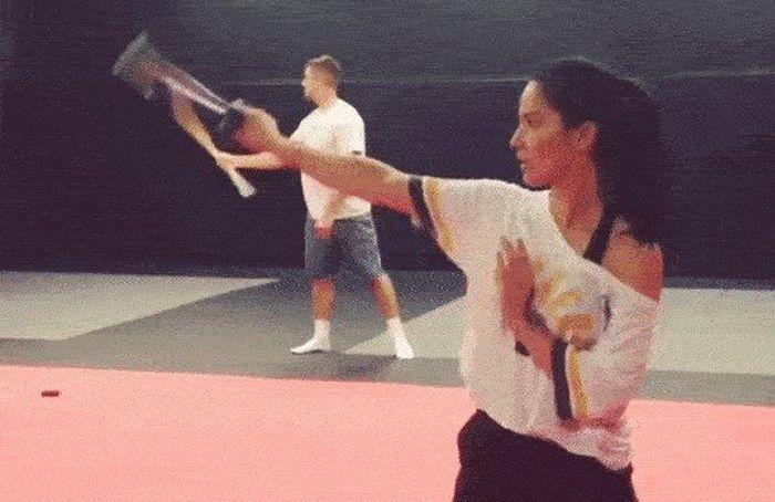 Martial Arts GIFs (15 gifs)