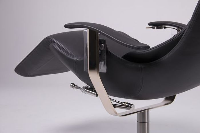 Most technologically advanced chair in the world costs £38,000 but 'can neutralise gravity' (5 pics)