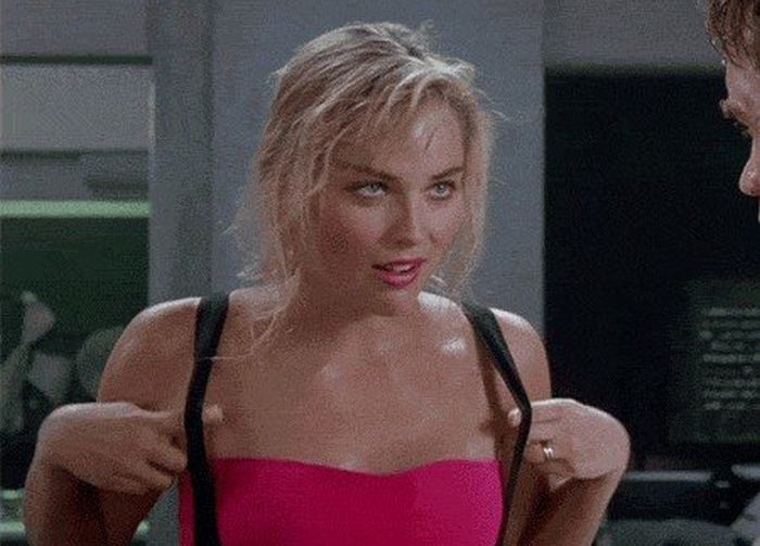 Hot Girls Of The 80s (16 gifs)