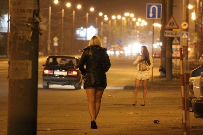 prostitutki-tochki-v-moskve-porno-video-s-molli-bennet